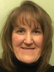 Brenda Kole Headshot.jpg