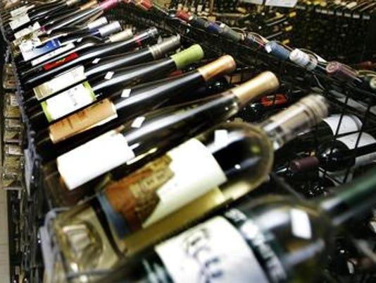 635997833359777970-liquor-bottles.jpg
