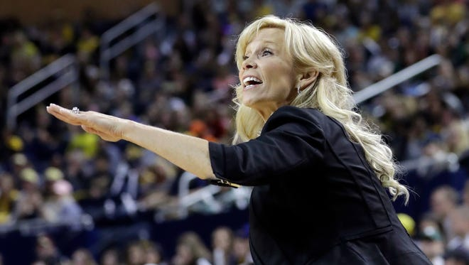 """""""We had our chances and they had theirs,"""" Michigan State coach Suzy Merchant. """"I think we had some tough calls against us but we just have to play through that stuff."""""""