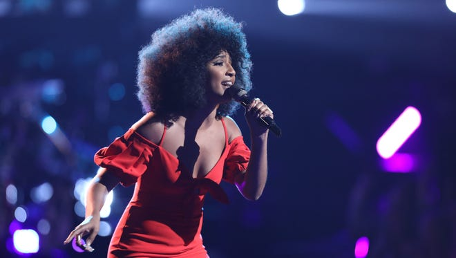 """Singer Kelsea Johnson performs Amy Winehouse's """"You Know I'm No Good"""" on """"The Voice"""" Monday night."""