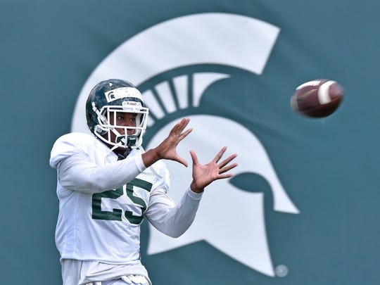 Darrell Stewart Jr. (25) could see a larger role as Michigan State seeks playmakers at wide receiver.