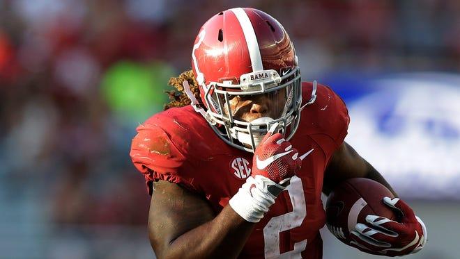 Alabama's Heisman-winning running back Derrick Henry runs hard no matter the time on the clock.