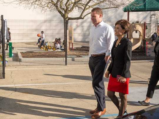 Chad Mayes, Assembly Republican leader (left) and Assemblymember Young Kim, right tour Saint John's Program for Real Change in Sacramento, Calif., February 16, 2016.  Photo by Robert Durell