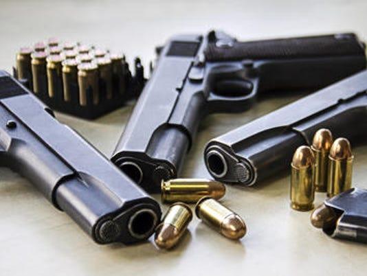 636367661081737289-gun.jpg