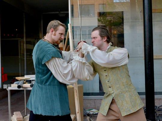 Hamlet (Jonathan Schaeffer) and Laertes (Sheldon Clanton)
