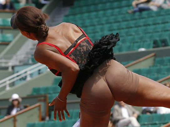 Venus Williams reveals her underwear at the French