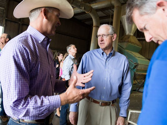 Texas-Tribune-Conaway-in-San-Angelo-for-Farm-Bill.jpg