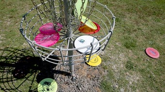 A walkthrough of the new 9-hole disc golf course at Battle Point Park.