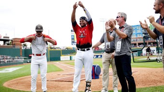 See highlights from the home run derby prior to the Midwest League all-star game and hear remarks from winner Ronaldo Hernandez of Bowling Green.