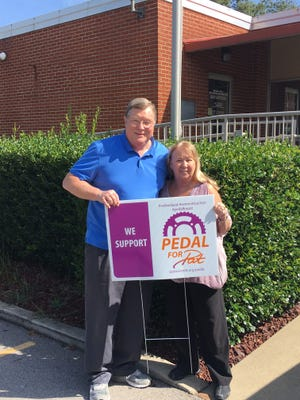 Ashland City Mayor Rick Johnson and his wife Adrian Johnson show their support for Pedal for Pat.
