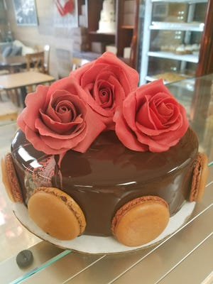 One of the many gorgeous cakes at Pierre & Michel in Elmwood Park