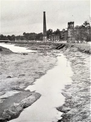 After having an appeal refused, a prisoner tried to escape via the Augusta Canal in 1929.