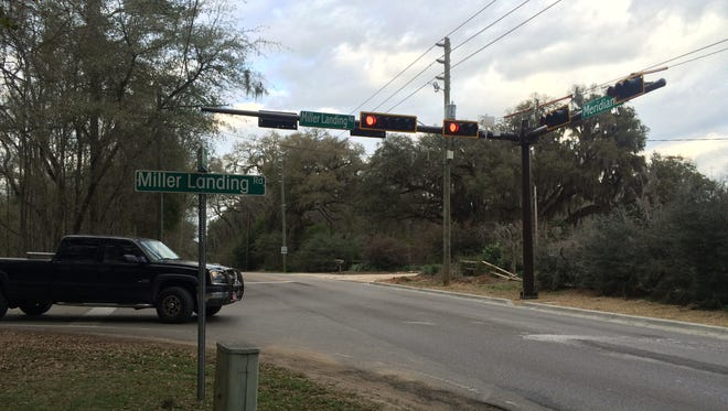 The new light at Meridian Road and Miller Landing