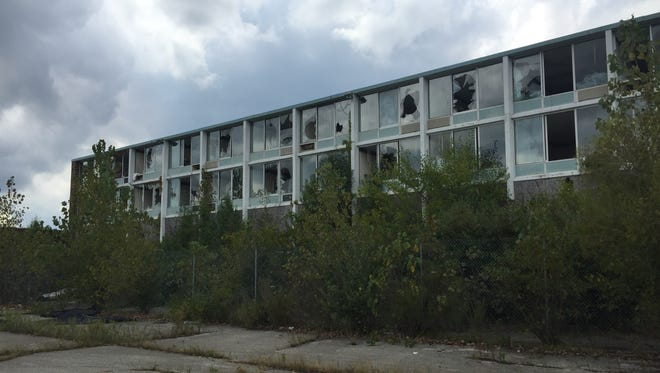Windows of nearly every room have been broken at the former Holiday Inn/Days Inn at Interstate 65 and Indiana 43 in Battle Ground. The town is working with Tippecanoe County to demolish the hotel, which has been closed since 2003.