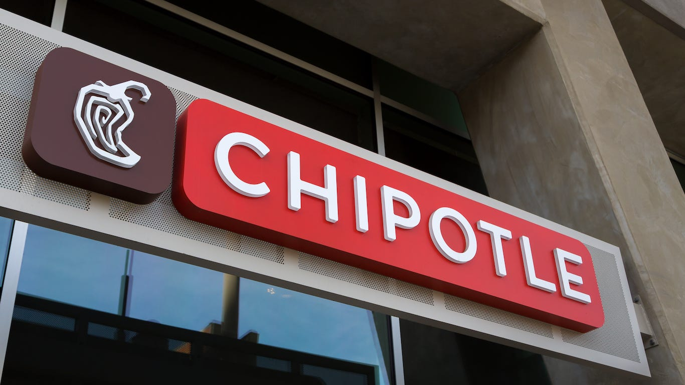 Chipotle closes restaurant where customers got sick advise