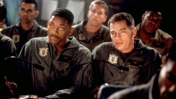 """Independence Day"" flyboys Will Smith and Harry Connick Jr. get ready to take on the aliens."