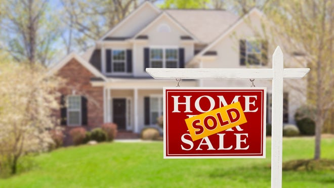The S&P CoreLogic Case-Shiller national home price index rose 5.8% year over year in August, the first time in 12 months when the increase has fallen below 6%. The August reading is also a 20-month low.