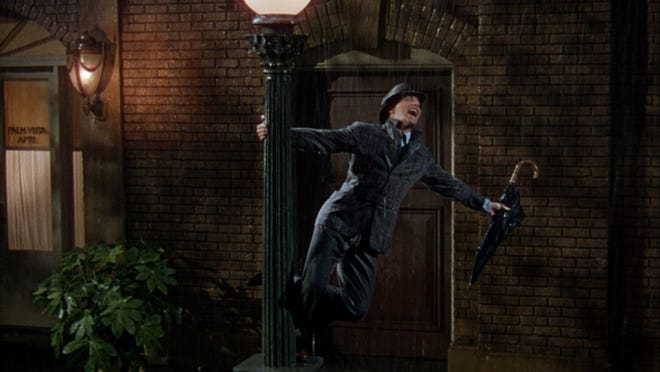 1.SINGIN' IN THE RAIN (1952). Starring: Gene Kelly, Donald O'Connor and Debbie Reynolds. Average rating: 9.2/10.