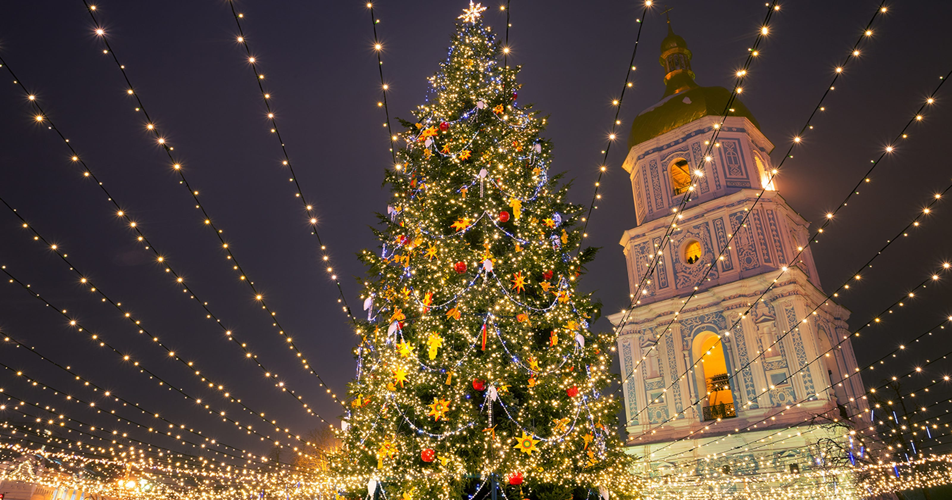 Christmas Light Displays.25 Stunning Christmas Light Displays Around The World