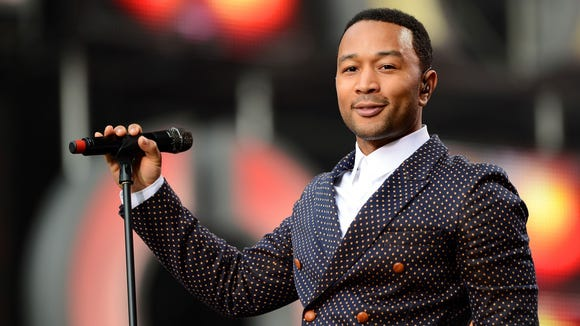 John Legend is taking swimming lessons!