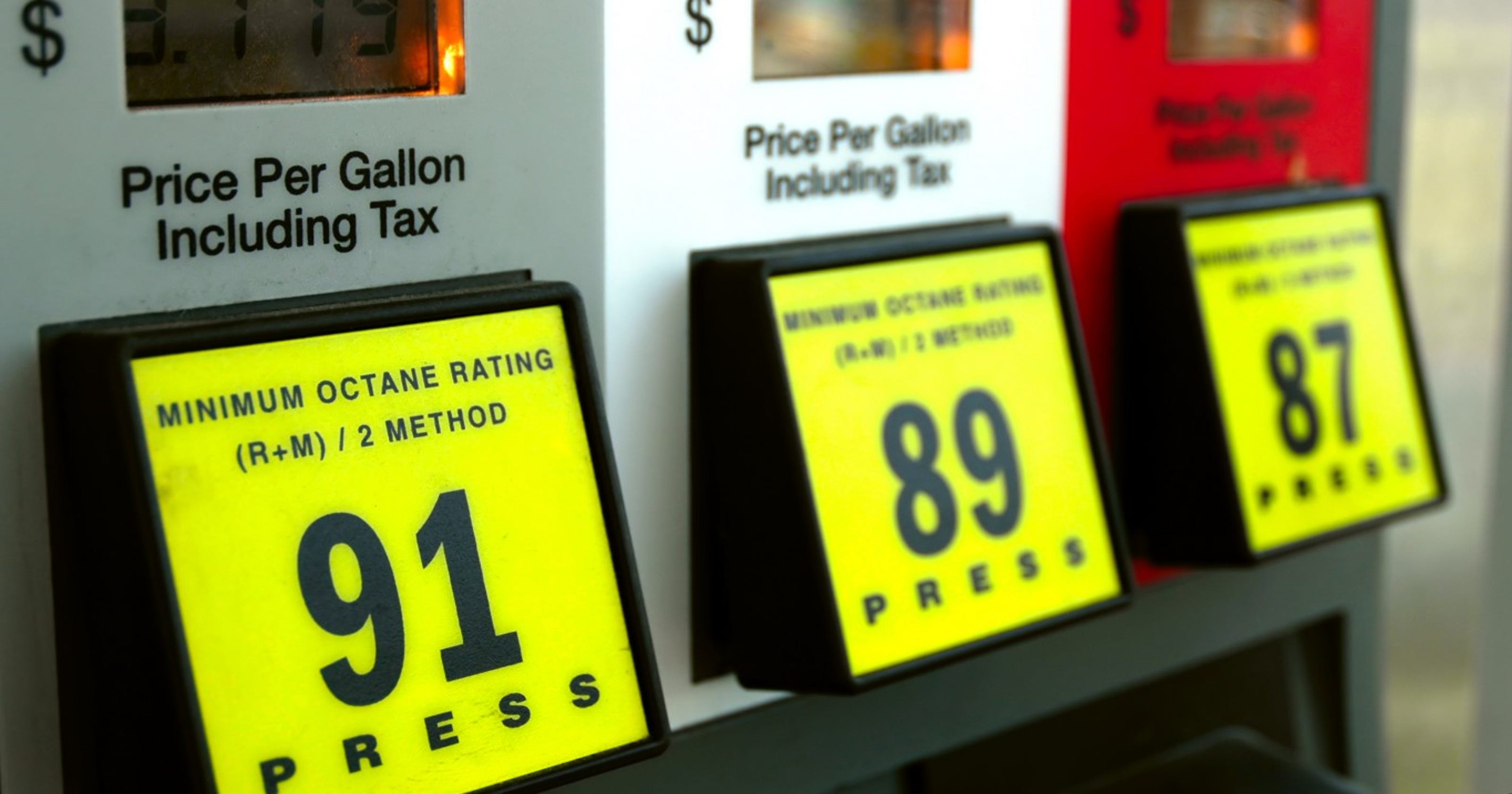 Gas prices: Why Monday is best day to fill up and Friday is