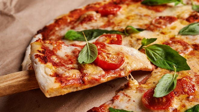Free Pizza And Discounts For National Pepperoni Pizza Day This Friday