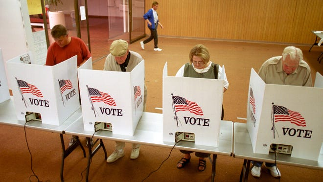 Vero Beach, Fellsmere and Sebastian all will have City Council elections Nov. 5. Candidate qualifying began Thursday.