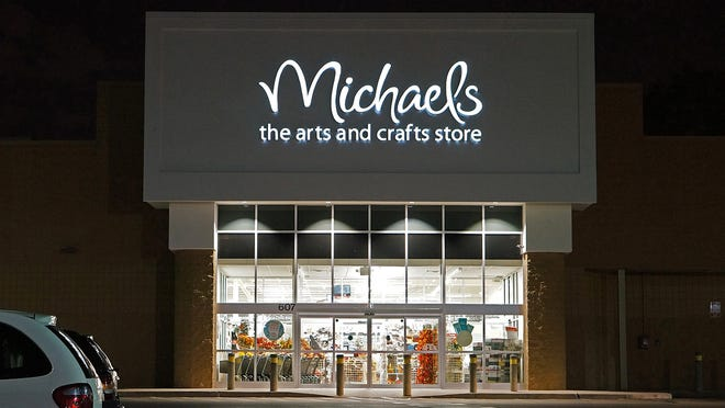 Black Friday 2019: Michael's has deep discounts on all kinds of craft supplies and decor.