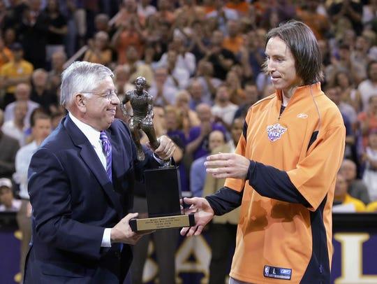 PLAYER: Steve Nash. ... TEAMS: Phoenix Suns, Dallas