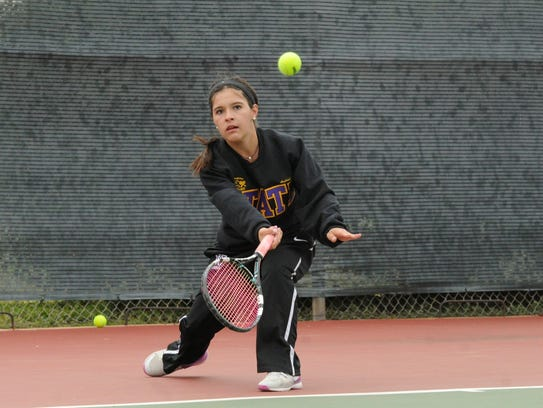 Wylie's Analeah Elias reaches for a shot at No. 2 singles