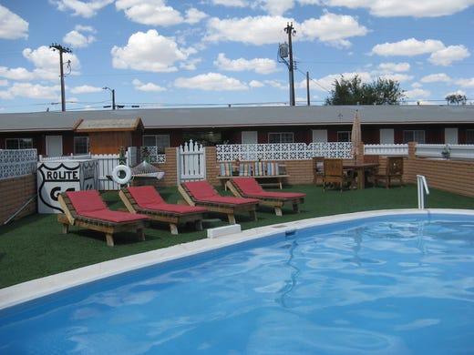 Vanishing Arizona Motels