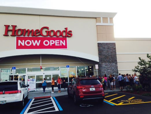. T J  Maxx and Home Goods  Hundreds line up for Viera opening