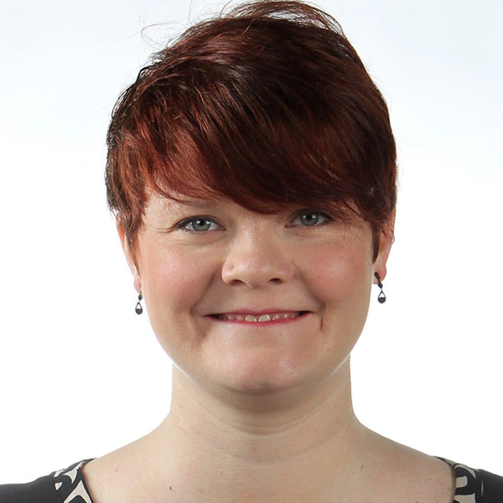 Julie C Vossler-Henderson