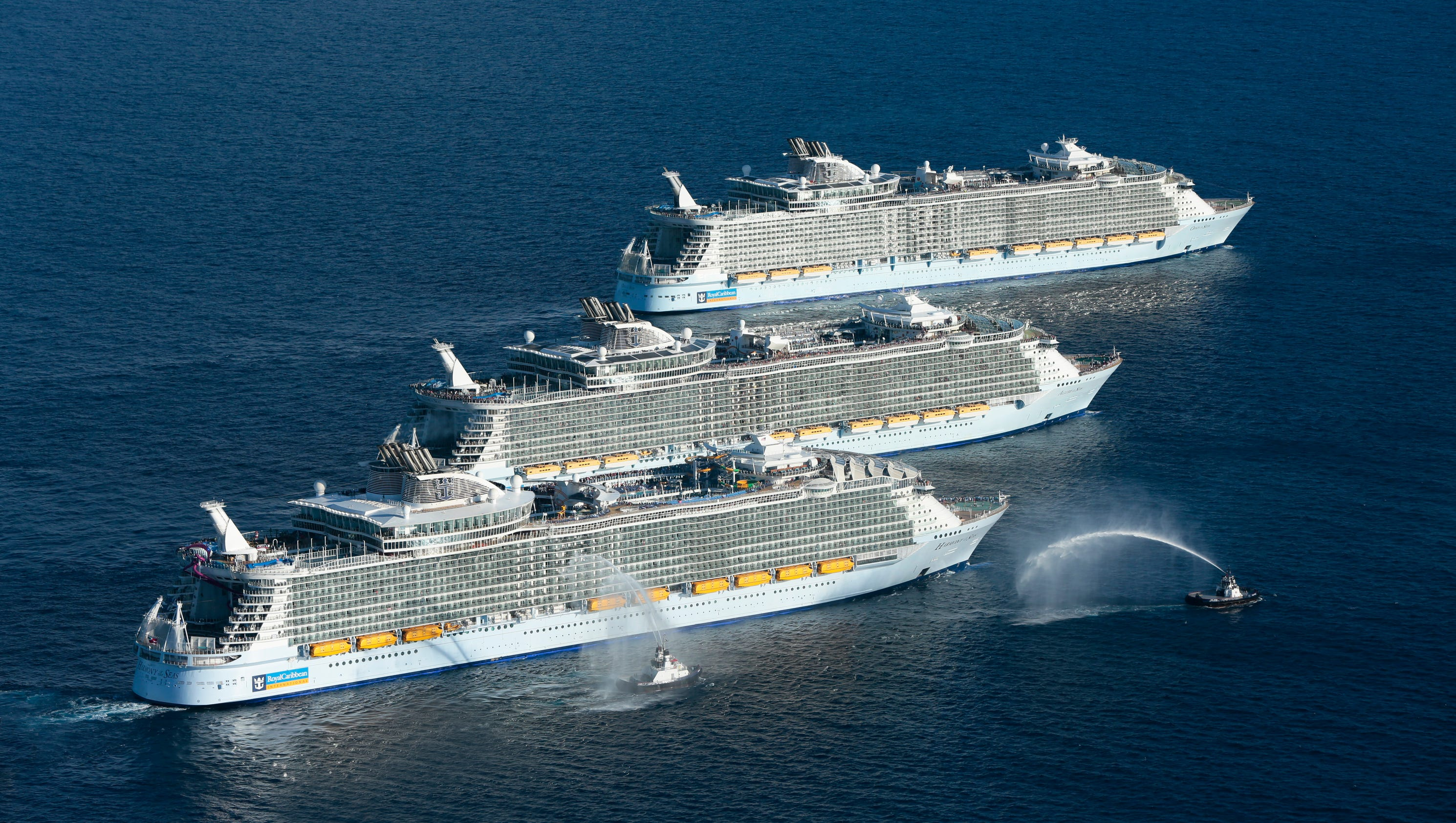 Photos: World's largest cruise ships in historic meetup