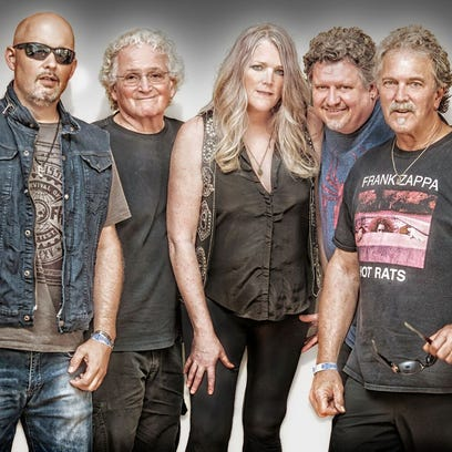 Live music in Fort Myers, Cape Coral: Jefferson Starship, SOWFLO, Beatles and Bee Gees tributes, etc.