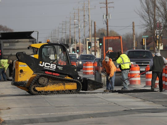 Southbound traffic is congested due to a roundabout construction project along Richmond Street and Northland Avenue Thursday, November 17, 2016, in Appleton, Wisconsin.