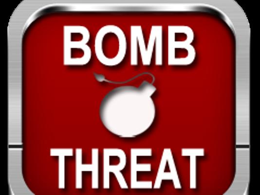 635552038325398438-BombThreat
