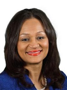 Monique Rauls will be sworn in as a 9th Judicial District judge at 9 a.m.  Friday in the Rapides Parish Courthouse.