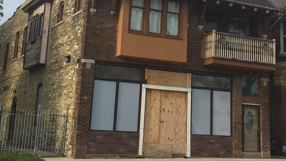 The owners of Thai Lotus are working to open a new restaurant and grocery store at 3221 W. Lisbon Ave.
