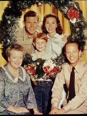 "This 1960 photo of the cast of ""The Andy Griffith Show"" includes Frances Bavier as Aunt Bee, as well as, clockwise from upper left, Andy Griffith (as Andy Taylor); Ron Howard (as Opie T.); Elinor Donahue (as Ellie Walker); and Don Knotts (as Barney Fife)."