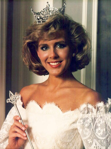 aaed89ef0 Kellye Cash was Miss Tennessee for 1986 and went on