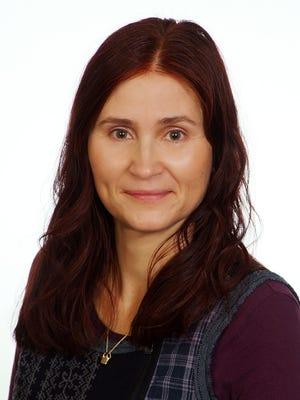Dr. Paula Svasta