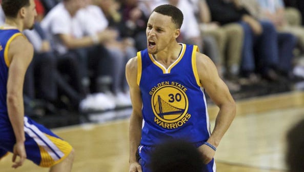 Stephen Curry scored 40 points in his return from a