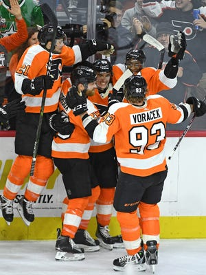Shayne Gostisbehere's two goals Saturday helped the Flyers to their sixth straight win.