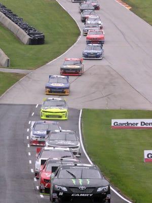 Cars at Road America