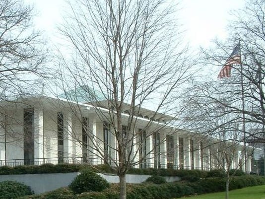 636204462888570764-legislative-building-2.jpg