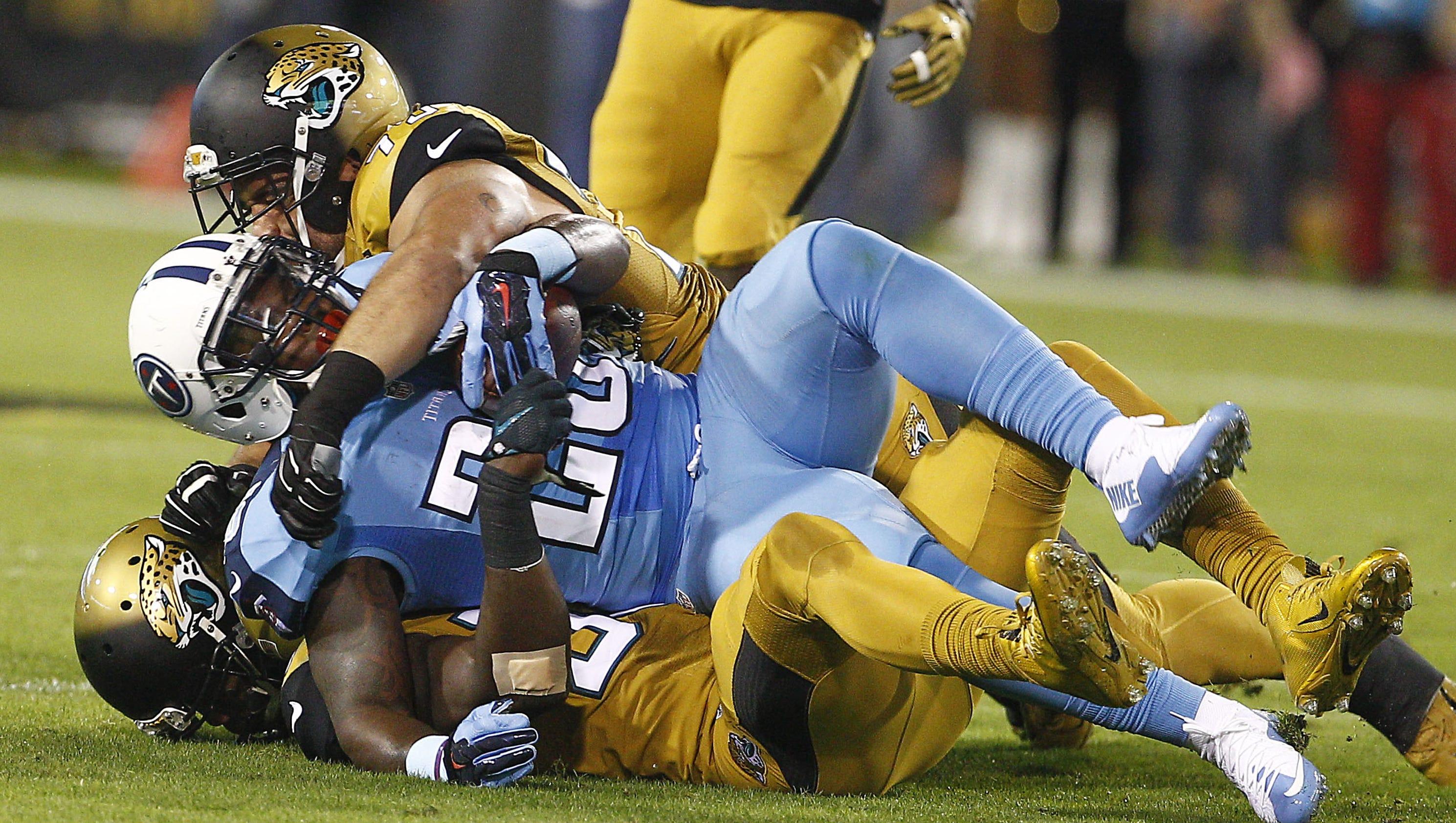 Titans Running Back Antonio Andrews