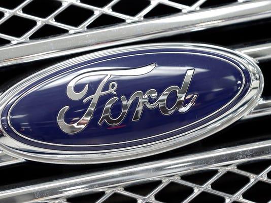 636092956689298710-AP-Earns-Ford-NYBZ322.jpg