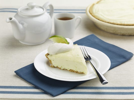 XXX FOOD-Mexican_Lime_Pie-HI-121513