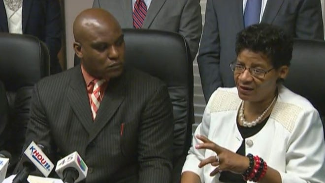 Attorney Cannon Lambert Sr., left, and Geneva Reed-Veal, Sandra Bland's mother, announce in Houston on Tuesday, Aug. 4, 2015, the family's lawsuit against those believed to be responsible for Bland's July 13, 2015, death.